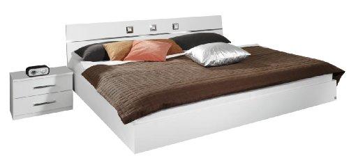 Rauch Bett 180x200 mit 2 Nachttischen Weiß Alpin, Stellmaß LxBxH 213x284x82 cm