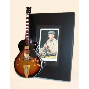 wes-montgomery-miniature-guitar-photo-frame-jazz