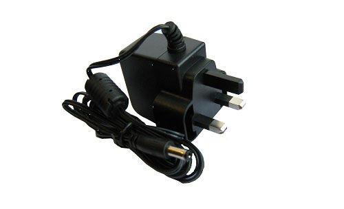 gaugemaster-gm-gmc-wm4-12-v-dc-smooth-regulated-wall-mounted-transformer