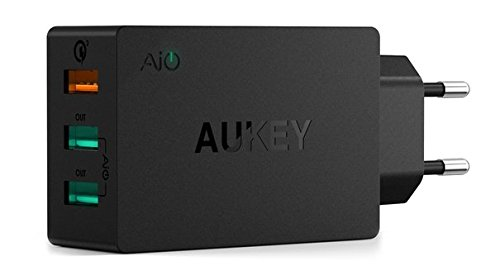 AUKEY Quick Charge 3.0 Cargador Móvil 3 Puertos 43,5W con Tecnología AiPower para iPhone, iPad Air/Pro, HTC, Samsung Galaxy S8, LG