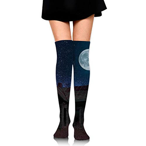 HRTSHRTE Scary Halloween Haunted House Under The Starry Moon Ankle Stockings Over The Knee Sexy Womens Sports Athletic Soccer Socks