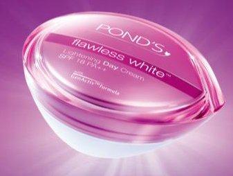 ponds-flawless-white-creme-de-jour-eclaircissante-fps-18-50-g