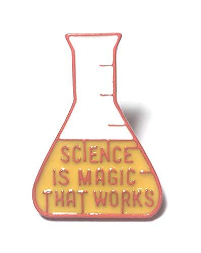 FizzyButton Gifts Wissenschaft Kolben förmige Brosche, Stiftabzeichen mit rot, gelb und weiß Detail Emaille Wortlaut und abknipsen Stift Befestigungs (Kolben Weiß)