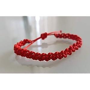 Rotes Armband des Glücks in Macrame-Armbänder Garn aus Makramee- / Macrame-Armband Viel Glück