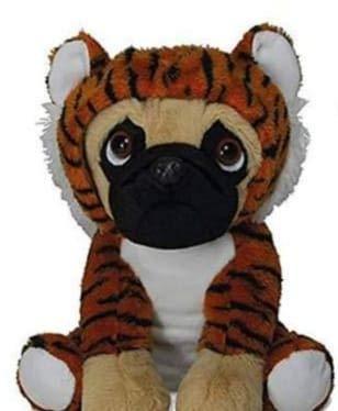 LB Supersüß Sitzender Mops mit Anzug Tiger, ca. 23 cm, Kuscheltier, ()