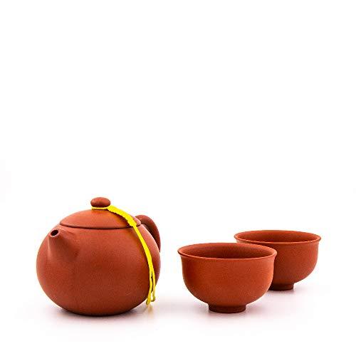 Chinesische Teekanne aus hochwertigem Yixing Ton mit Zwei Tassen (Rot)
