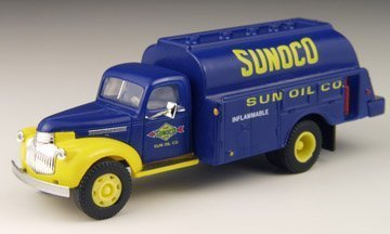 1941-46-chevrolet-delivery-truck-sunoco-oil-1-87-classic-metal-works-by-classic-metal-works