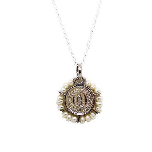 Kokomorocco Collar Medalla comunión Virgen de Guadalupe de Plata de Ley y Perlas, Regalos Originales, Mujer o niña, Caja y Bolsa de Regalo Incluido