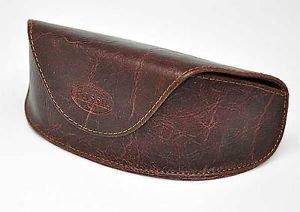 Original Fossil Brillenetui Braun *** NEU *** - Etui mit Magnet-Verschluss ist auch für Pilotenbrillen geeignet.