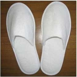 Webshoppers Men's and Women's Cotton Fabric Disposable Slippers (White)