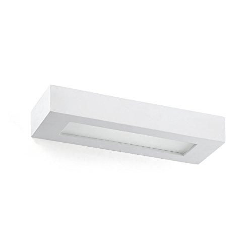 OLAF es un aplique fabricado en yeso para iluminación interior. La fuente de luz es 2 x E14 40W, no incluidas. Este aplique da luz por arriba y por abajo y es perfecto para iluminar zonas de paso en interiores, como pasillos.