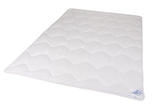 Traumnacht 03831395180 3-Star Leicht Bettdecke, aus Softer Mikrofaser, 220 x 240 cm, Weiß (Bettdecke Bettdecken)