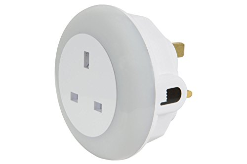 lyyt-plug-through-led-night-light-colour-select-white-green-blue-and-dusk-to-dawn-sensor