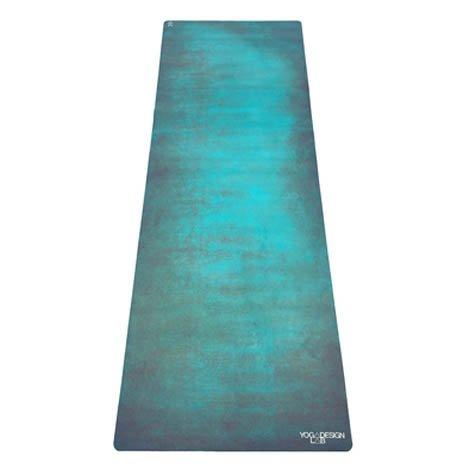 Yoga Design Lab Combo Yogamatte 3,5mm | rutschfest, Matte/Handtuch, Guter Halt bei viel Schweiß, Naturkautschuk | mit Tragegurt (Aegean)