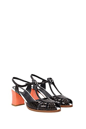 8X44731F6F0V5X Fendi Sandale Femme Cuir Verni Noir Noir