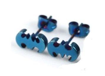 Piercing Boutique - Orecchini a lobo da donna, in acciaio INOX, a forma di logo Batman, confezione da 1 paio, colore: blu