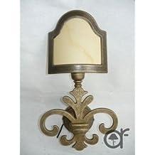Applique Lys Florentin à une lumière en laiton bruni avec parchemin
