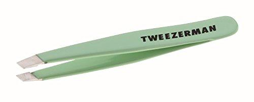 TWEEZERMAN - Mini Slant Tweezer - kleine Pinzette mit abgeschrägter Spitze aus rostfreiem Edelstahl, Green Tea