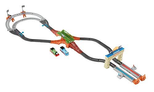 Thomas&Friends- Pista la Grande Corsa, Include Un Esclusivo Percy Locomotiva e Uno Speciale Thomas Aerodinamico, Giocattolo per Bambini 3+ Anni, Multicolore, DFM53