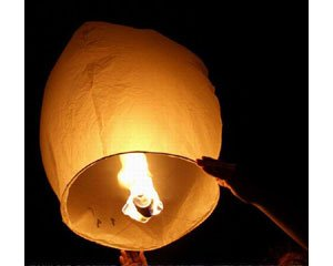 coser-mh-manufacturing-tnt-salesus-10-sky-lanterns-white