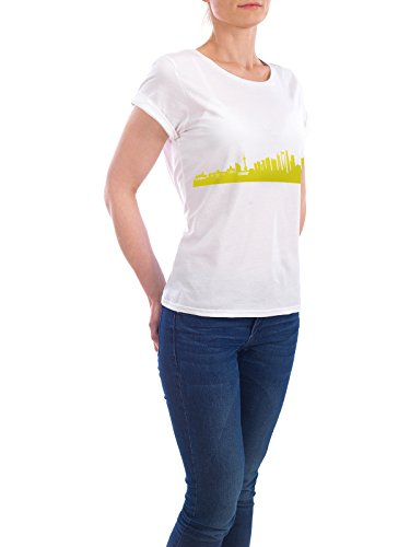 "Design T-Shirt Frauen Earth Positive ""Shanghai 06 Skyline Spring-Green Print monochrome"" - stylisches Shirt Abstrakt Städte Städte / Shanghai Architektur von 44spaces Weiß"