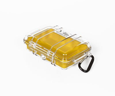 caja-estanca-peli-1020-color-claro-amarillo-2015-arcon-y-cesta-de-camping