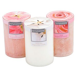 Pale Flower Scented Short Candle - Magnolia from Crafty Jungle