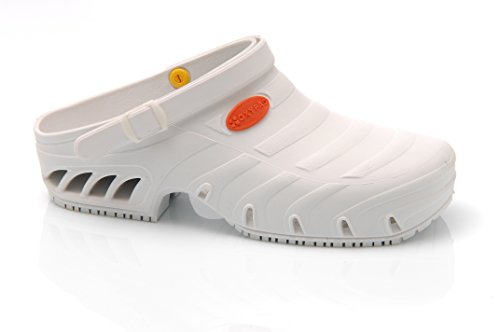 Oxypas Studium Autoclavable Medical Footwear for Healthcare Professionals, Theatre Shoes, Cleanroom, Aseptic Suites and Laboratories in White