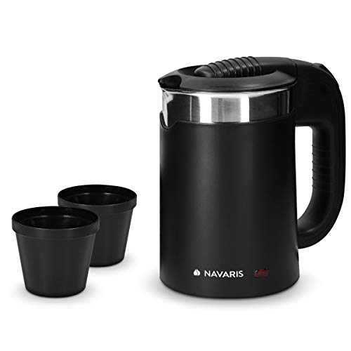 Navaris Mini Bollitore Acqua da Viaggio 05L Boiler Piccolo Elettrico Portatile Acciaio Inox 16x11x17 1100 Watt con 2 Tazze Camping Nero