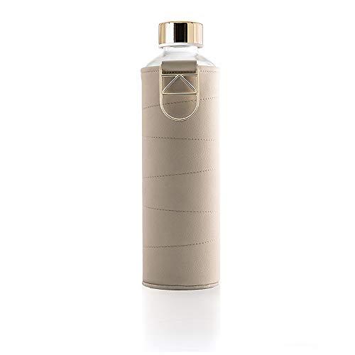 Myequa Glasflasche Mismatch Beige 750 ml mit Kunstlederhülle - Trinkflasche aus Glas mit Henkel