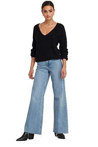 NA-KD Strickpullis gibt es in tollen Looks und zu günstigen Preisen | Kuscheliger Pullover mit tiefem V-Ausschnitt in verschiedenen Farbnuancen erhältlich