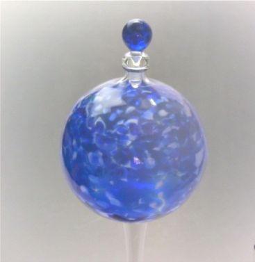 pflanzensitter-durstkugel-bewasserungskugel-blau-mit-glas-stopfen-blau-ca9cm