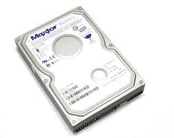 Maxtor 250 Gb Festplatte (Maxtor 7Y250P0 MaXLine Plus II Festplatte 250.0 GB 9.0 ms U-ATA/133 8.0 MB)