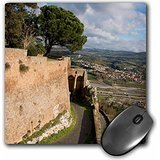Preisvergleich Produktbild Danita Delimont - Italy - Italy, Orvieto. Medieval city walls with view of surrounding valley. - MousePad (mp_206091_1)