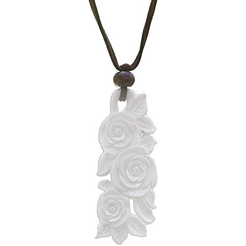 NOVICA tallada a mano Vaca Bone Collar colgante de flor de ante sintético Cord,