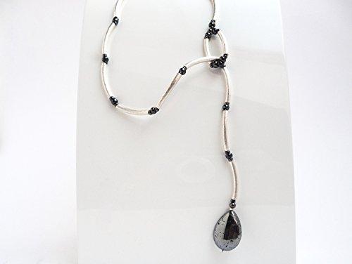 halskette-unikat-silber-ypsilon-minimalistisch-steintropfen-silberpyrit