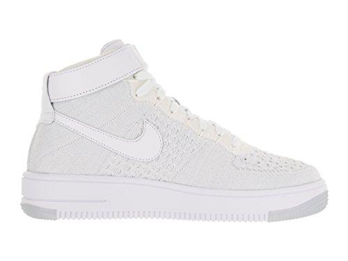 Nike W AF1 Flyknit, Chaussures de Sport Femme Blanc Cassé - Blanco (White / White-Pure Platinum)