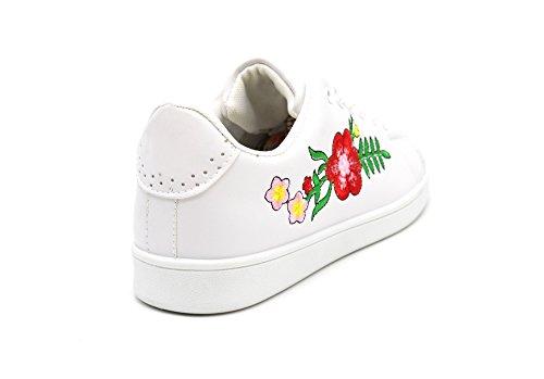 SHY45 * Baskets Tennis Sneakers Simili Cuir avec Broderie Fleurs et Bout Arrière Perforé (Blanc) Blanc