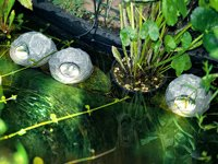 """Lunartec Unterwasser-Leuchten """"U-Stones Trio""""mit Solarstation, 3er-Set"""