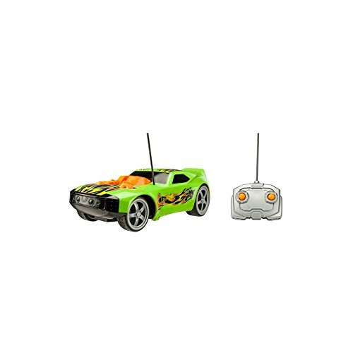 Hot Wheels Cars Mega Muscle con 2 Motores Color Verde Toy State 91816