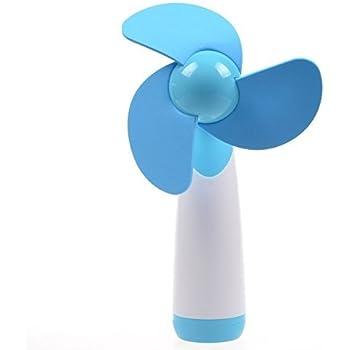 Un Mini Ventilateur De Poche Couleur Aléatoire