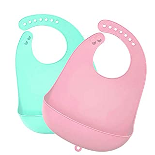 Waterproof Silicone Feeding Bib Maveek Set of 2 Adjustable Baby Bibs With Food Catcher Pocket Keep Stains Off Easily Wipes Clean Comfortable Soft for Babies and Toddlers (Green/Pink)