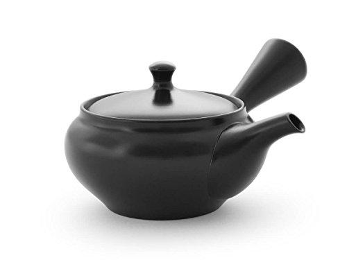 Original japanische Teekanne, Kyusu, mit 5 Becher: Kuro Hiramaru. Integriertes Tee-Sieb aus Edelstahl. Echt japanisches Tee-Set aus natürlichem Tokoname-Ton in schöner Geschenk-Box