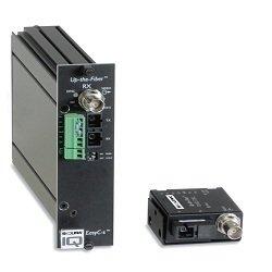 UTF4250RX2-SA SIQURA, Digitaler LWL Videoempfänger mit 2 Alarmkontakten und 2x RS-485/422 (2- und 4-adrig) für 2 Signale über 2x1 Faser Singlemodekabel 62,5 (50)/125µm, Wellenlänge 1310/1550nm, LWL Budget 12dB, SC-Stecker, Bandbreite 6MHz, Tisch/Wandgehäuse