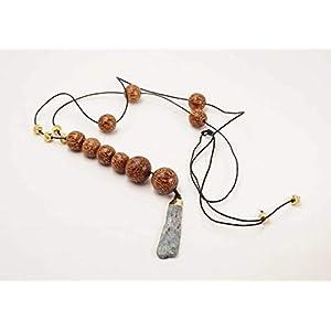 lange ethno Halskette aus Holzperlen und einem Edelstein Anhänger