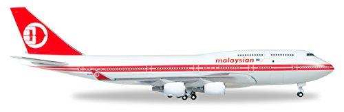 herpa-529679-malaysia-airlines-boeing-747-400-fahrzeug-retro-farbe