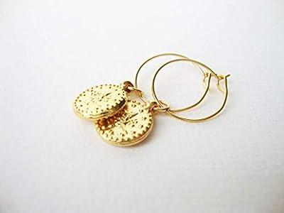 Petites créoles ethnic dorées à l'or fin pendentif médaillon antique