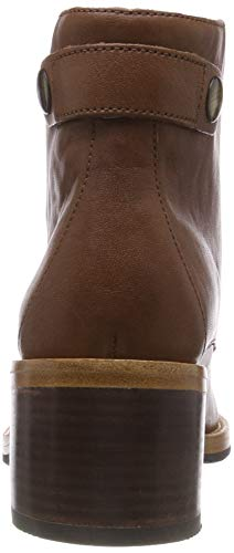 Clarks Women's Clarkdale Tone Ankle Boots 2