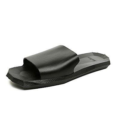 Uomo Slippers & Estate Luce Suole PU Casual Sandali Nero Bianco sandali US10 / EU43 / UK9 / CN44