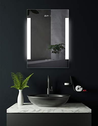 HOKO® LED Bad Spiegel beleuchtet mit Digital Uhr, Dortmund 60x80cm, LED Bad Spiegel, Energieklasse A+ (WEEE-Reg. Nr.: DE 40647673)